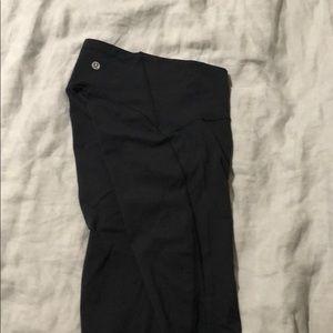 Lulu lemon black crop legging- size 2